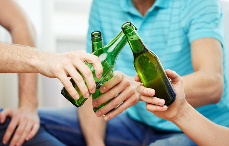 3 worst foods building muscle beer