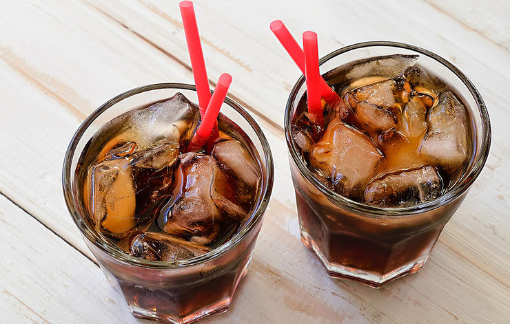 4 worst foods building muscle soda