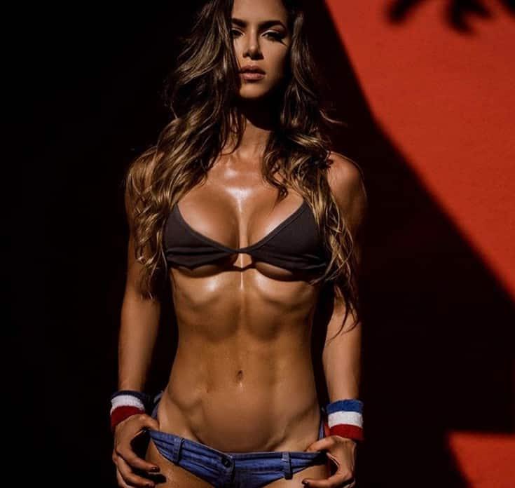 Η Anllela Sagra είναι η πιο σέξι γυμνάστρια 6