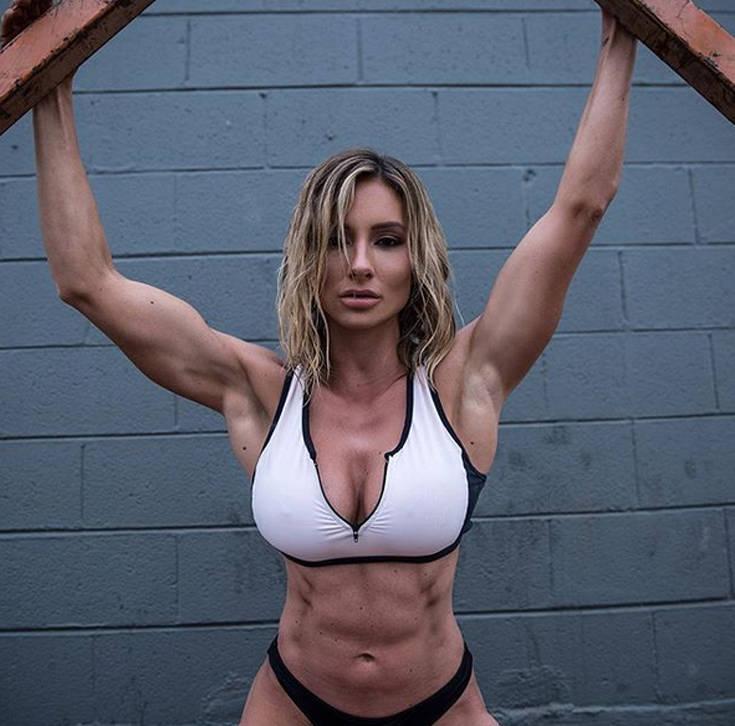 Το fitness model με το απίστευτο σώμα (photos) 4