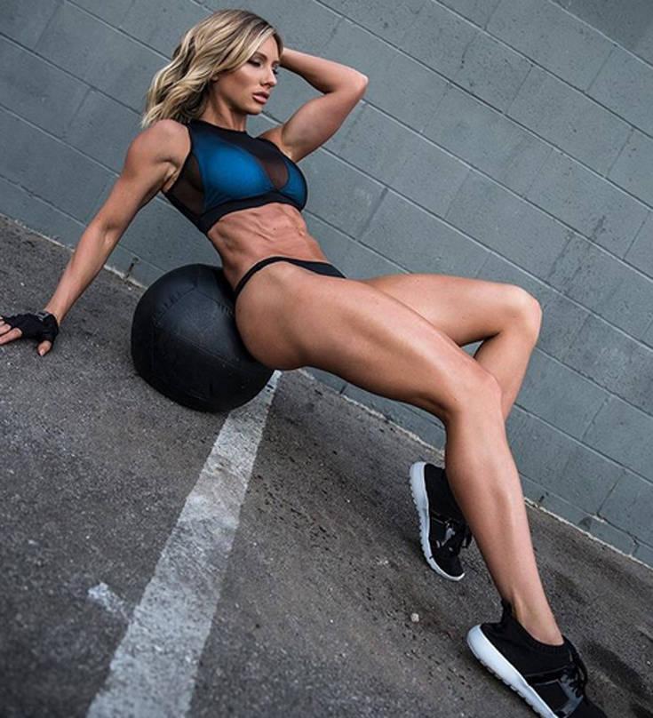 Το fitness model με το απίστευτο σώμα (photos) 8
