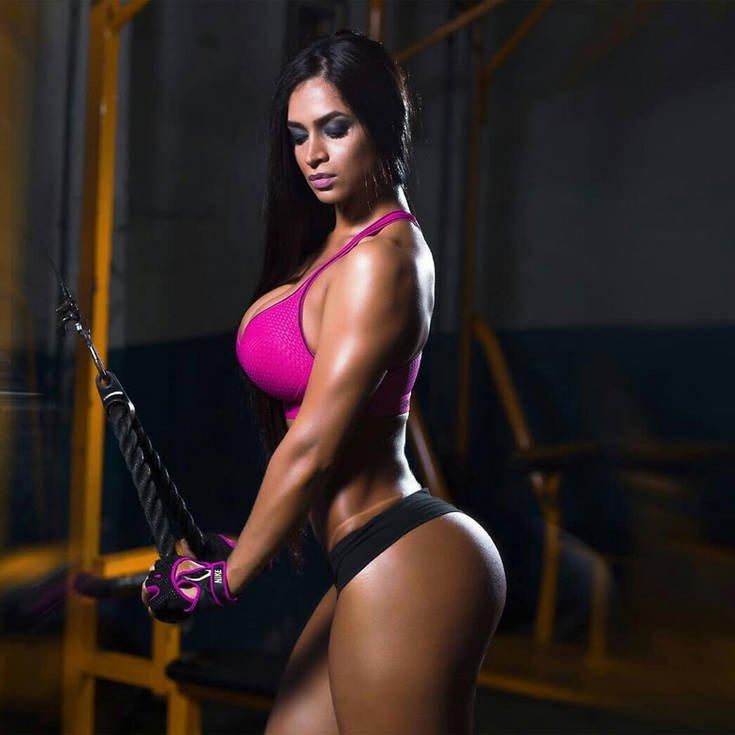 Η Andrea Araujo είναι fitness model και της αρέσει το ποδόσφαιρο (photos) 1