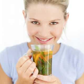 Κατακράτηση υγρών: Τι πρέπει να τρώτε και να πίνετε για να την αντιμετωπίσετε 1