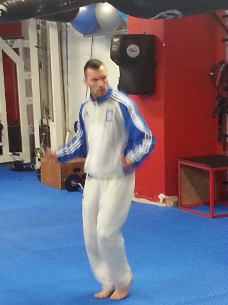 Live η προπόνηση του Παγκόσμιου Πρωταθλητή στο S.K.I.F. Karate - Νίκου Γιδάκου 1