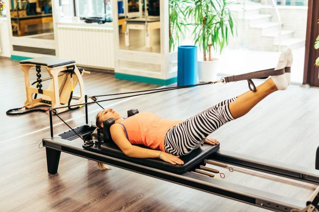 pilates reformer askiseis