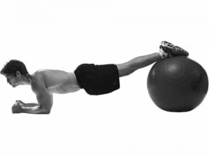 plank-swiss-ball-exercise-Y2uYmt-17112011