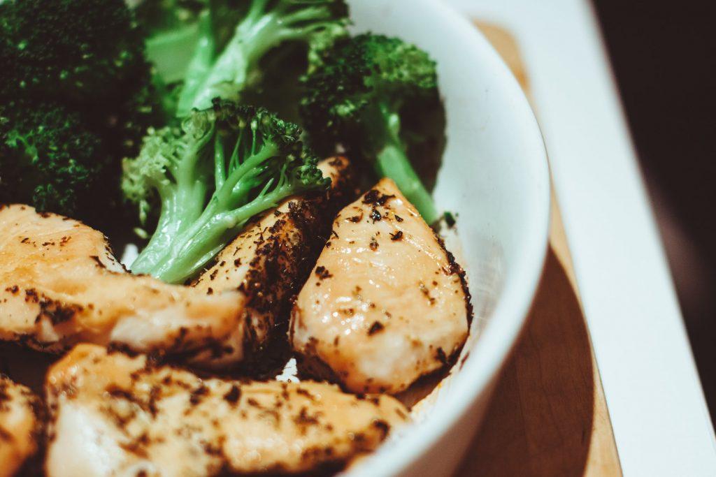 3 φθηνές και εύκολες ιδέες για γεύματα που μπορείτε να φάτε πριν από το γυμναστήριο 1